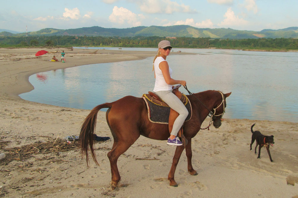 horseback-riding-puerto-escondido