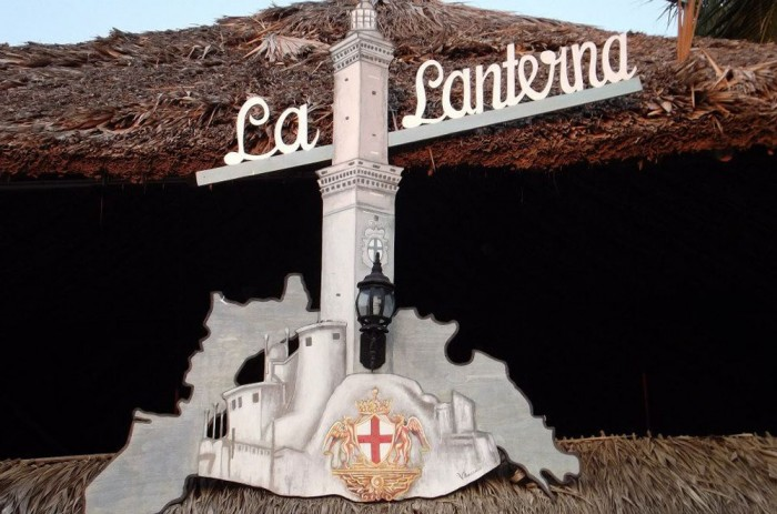 restaurante la lanterna sign